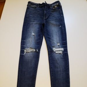 American Eagle Highest Rise Jeans  size4